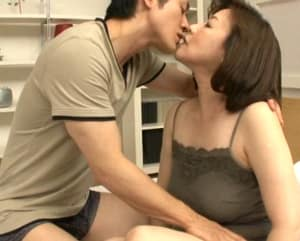 【内田典子】Fカップの垂れ乳とデカ尻が魅力の58歳ムッチリ人妻初撮りドキュメント