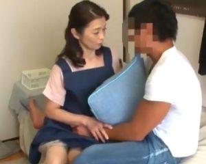 【遠田恵未】還暦熟女のレンタルおばさんがエロくて発情する若い客