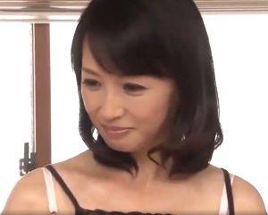 【安野由美】セフレに3度射精させた五十路人妻の自宅不倫